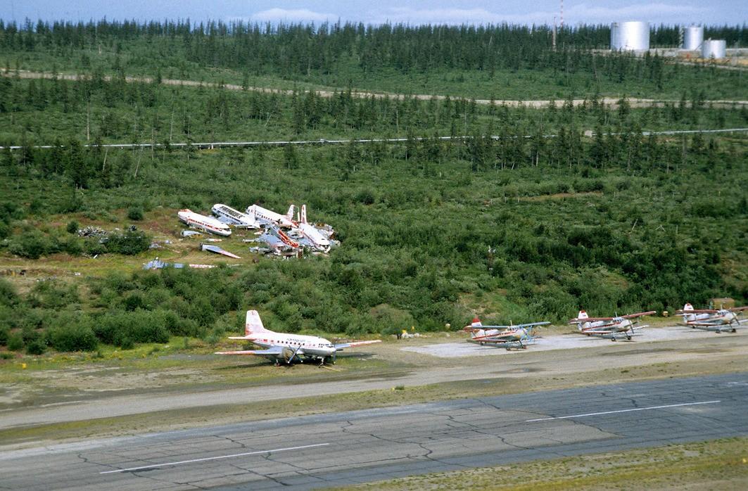 Naam: USSR-93-197-vliegveld%20Cherskij.jpg Bekeken: 198 Grootte: 301,8 KB