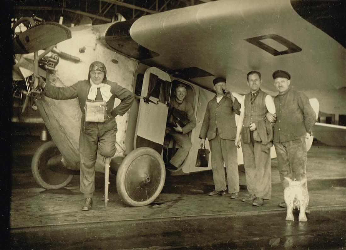 Naam: Foto 403. D-731. Focke-Wulf A 16:A 16c %22Weser%22. Nordpol Flieger, kopie 1100.jpg Bekeken: 149 Grootte: 114,5 KB
