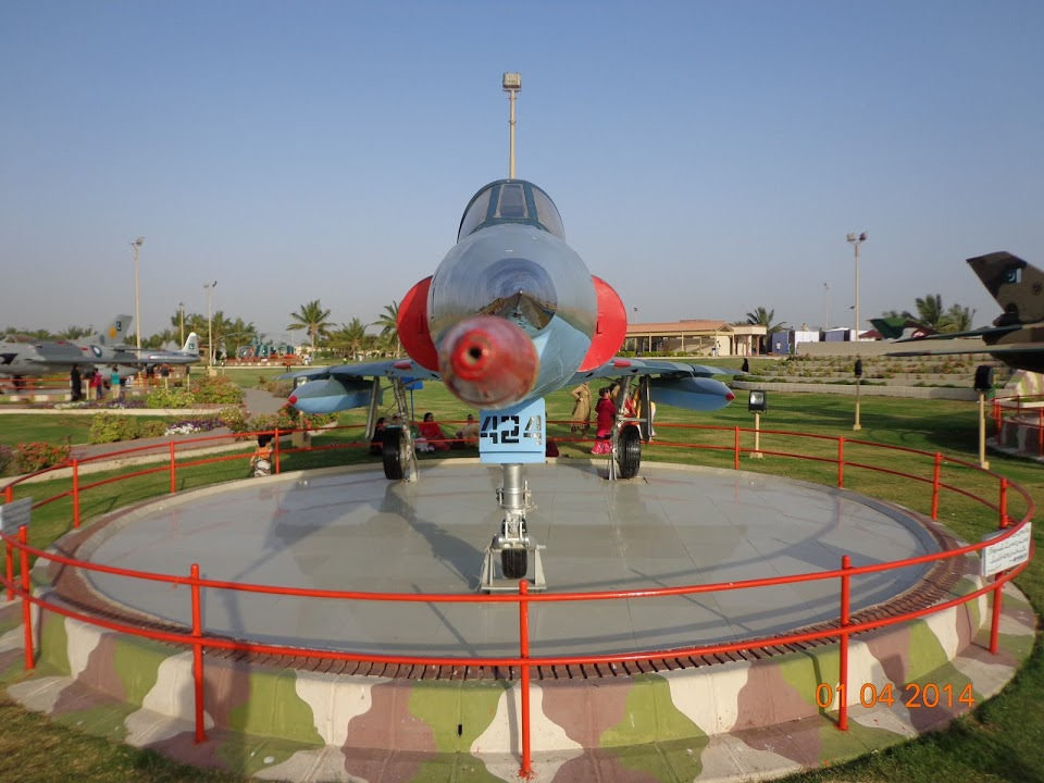 Naam: Sharea Faisal - Pakistan Air Force Museum 2.jpg Bekeken: 62 Grootte: 127,4 KB