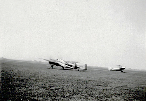 Naam: Foto 37. Tekst bij de foto. Jacht-Verkennings-Bomvliegtuig Type G.I en F.K. 43 der N.L.S. 200 d.jpeg Bekeken: 149 Grootte: 214,1 KB
