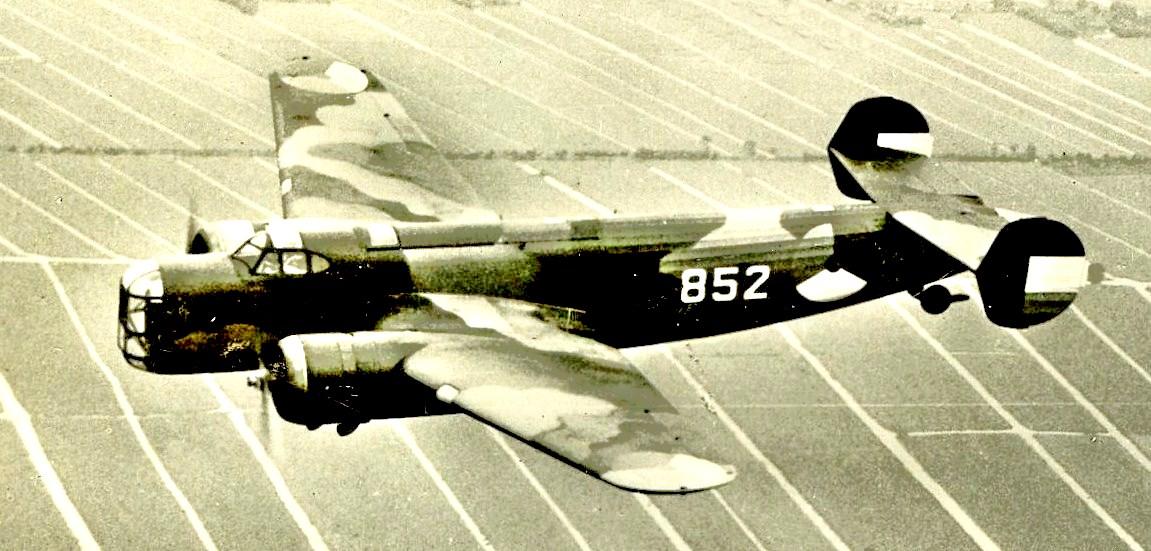 Naam: Fokker T 5 ribbels.jpg Bekeken: 2380 Grootte: 166,1 KB