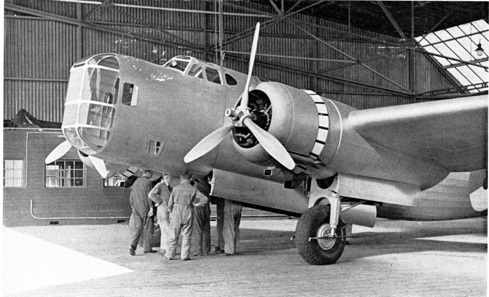 Naam: T 5  1  Het Vliegveld, nov 1937 (1600x973).jpg Bekeken: 492 Grootte: 305,1 KB