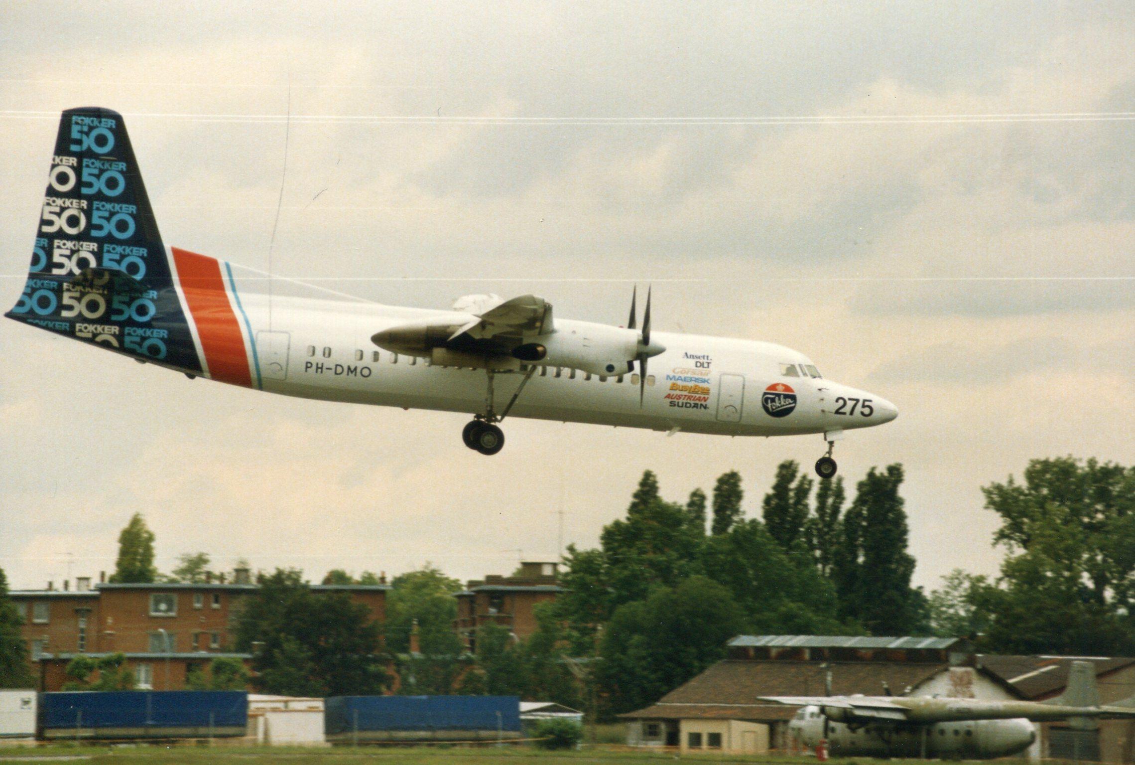 Naam: Fokker 50  juni 1987 (8).jpg Bekeken: 231 Grootte: 439,1 KB