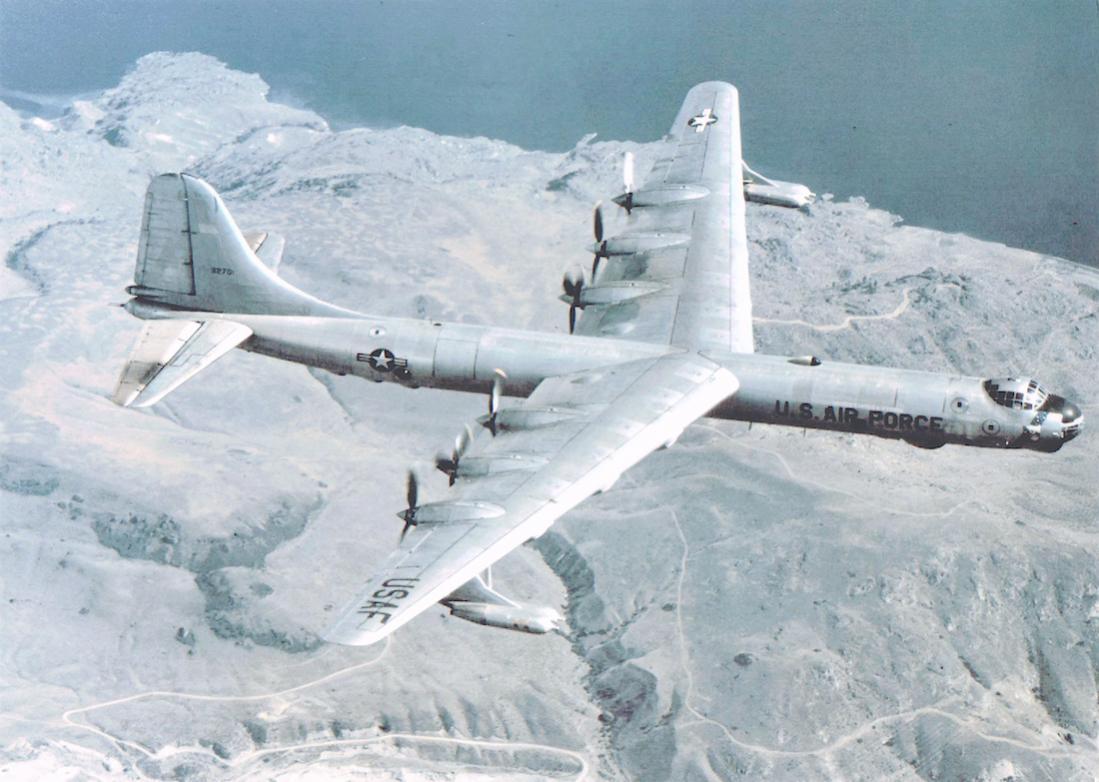 Naam: Foto 718. Convair B-36 Peacemaker. 1100 breed.jpg Bekeken: 203 Grootte: 102,6 KB