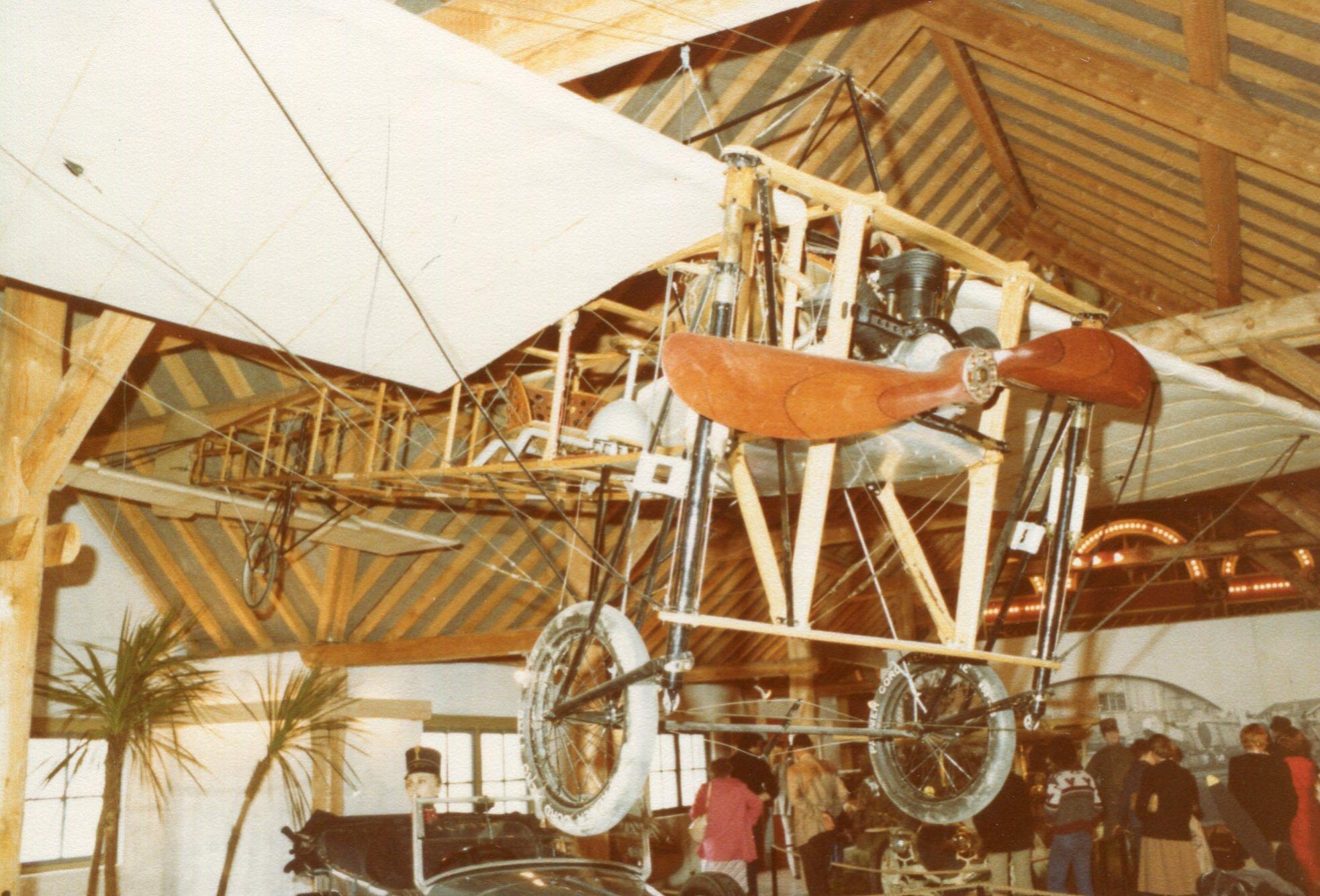 Naam: Bleriot replica , Autotron 1978+.jpg Bekeken: 244 Grootte: 353,1 KB