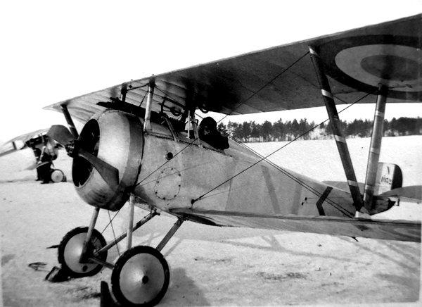 Naam: b1  Nieuport 17  WW1.jpg Bekeken: 505 Grootte: 49,8 KB