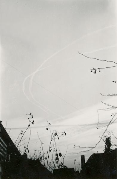 Naam: Foto 130. Overvluchten Engelse vliegtuigen datum 14 Jan. 1942 te 2 uur 55 n.m.081 kopie.jpg Bekeken: 278 Grootte: 217,1 KB