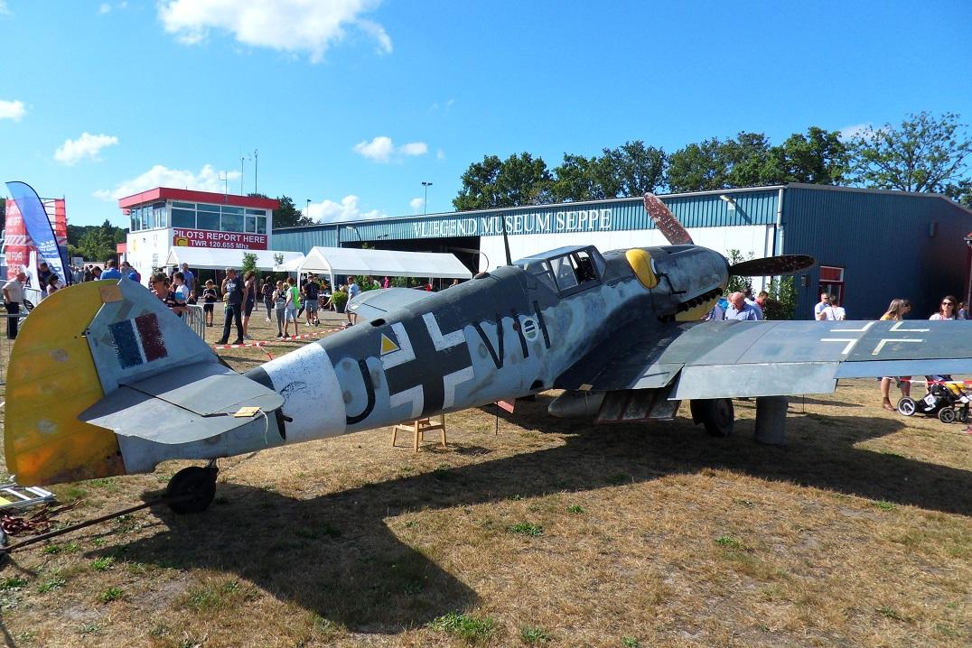 Naam: Bf109G5 op Seppe 1sep2019 (1).jpg Bekeken: 78 Grootte: 483,2 KB