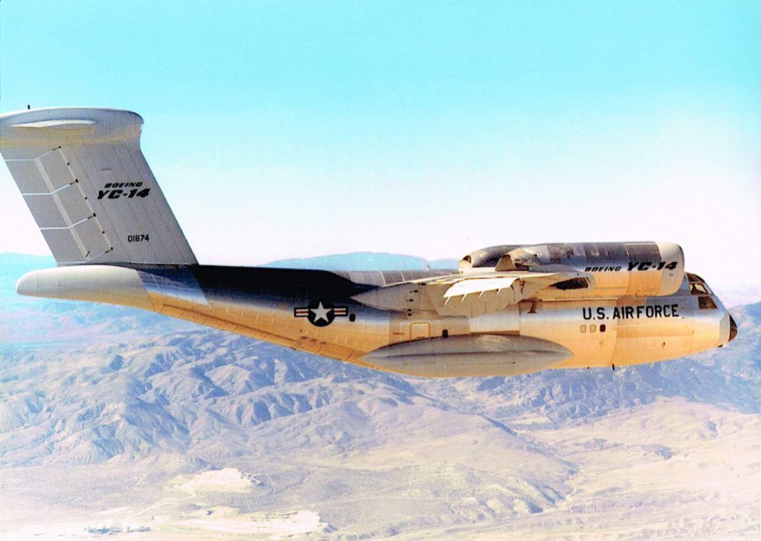 Naam: Foto 671. Boeing YC-14. 1100 breed.jpg Bekeken: 153 Grootte: 99,5 KB