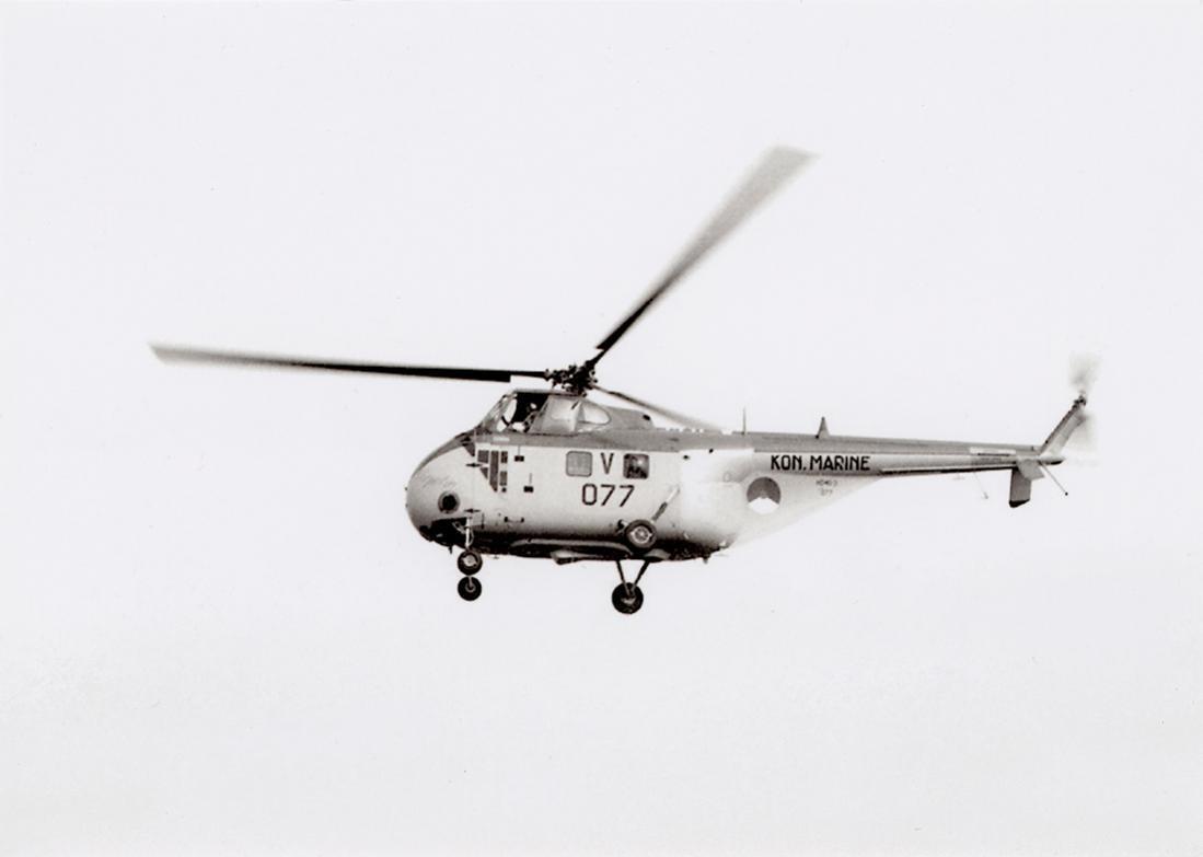 Naam: '077' Cleopatra (eerder H-3 [is 8-3 op romp]. Sikorsky HO4S-3 (UH-19F).jpg Bekeken: 240 Grootte: 32,4 KB