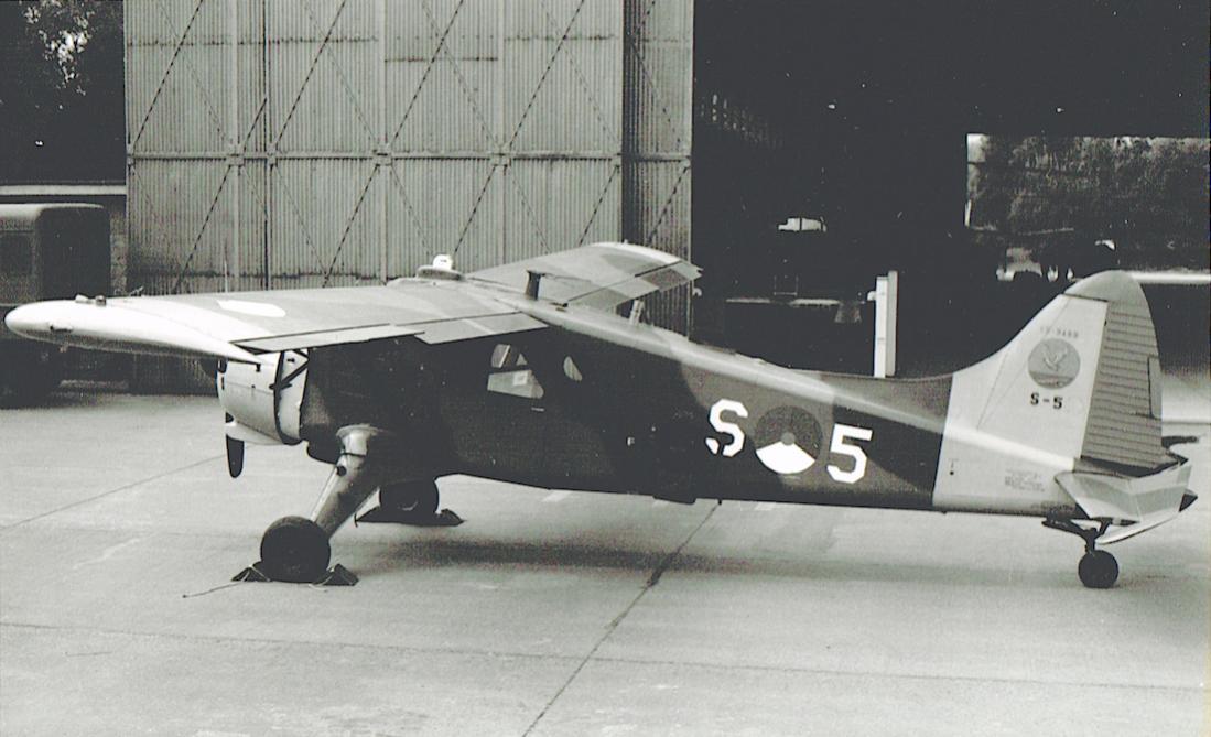 Naam: Foto 235. 'S-5'. De Havilland Canada U-6A (L-20A) Beaver. 1100 breed.jpg Bekeken: 144 Grootte: 85,6 KB