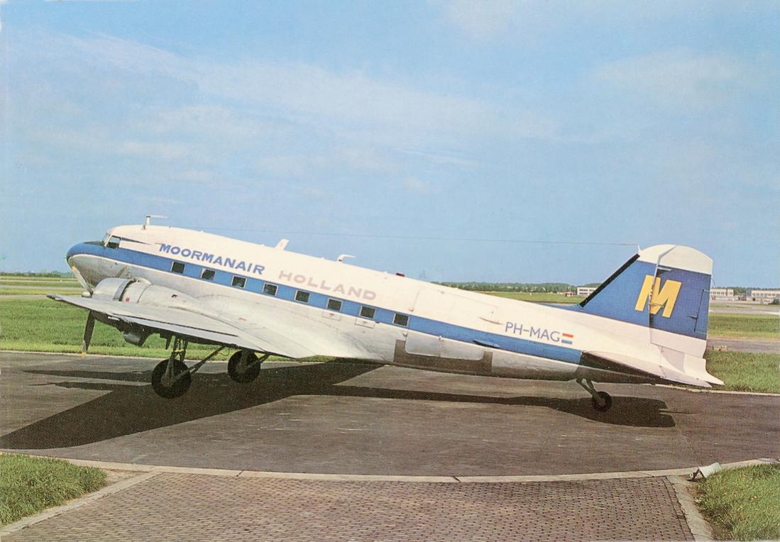 Naam: Kaart 782. PH-MAG. Douglas DC-3 van Moormanair Holland. 1100 breed.jpg Bekeken: 194 Grootte: 110,2 KB