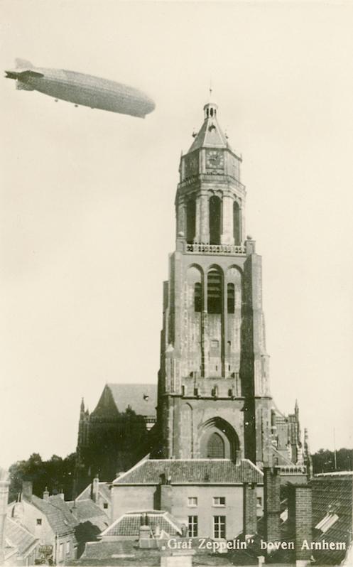 Naam: Kaart 784. Graf Zeppelin boven Arnhem.jpg Bekeken: 120 Grootte: 39,5 KB