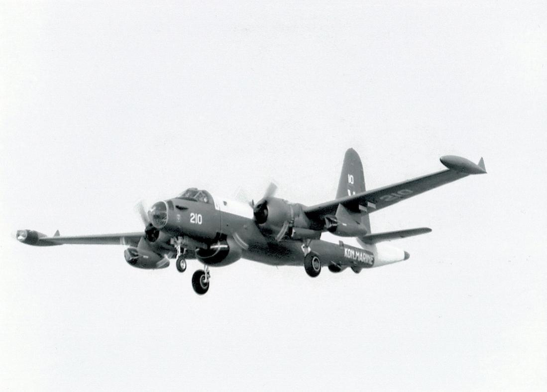 Naam: '210'. Lockheed SP-2H Neptune.jpg Bekeken: 346 Grootte: 53,2 KB