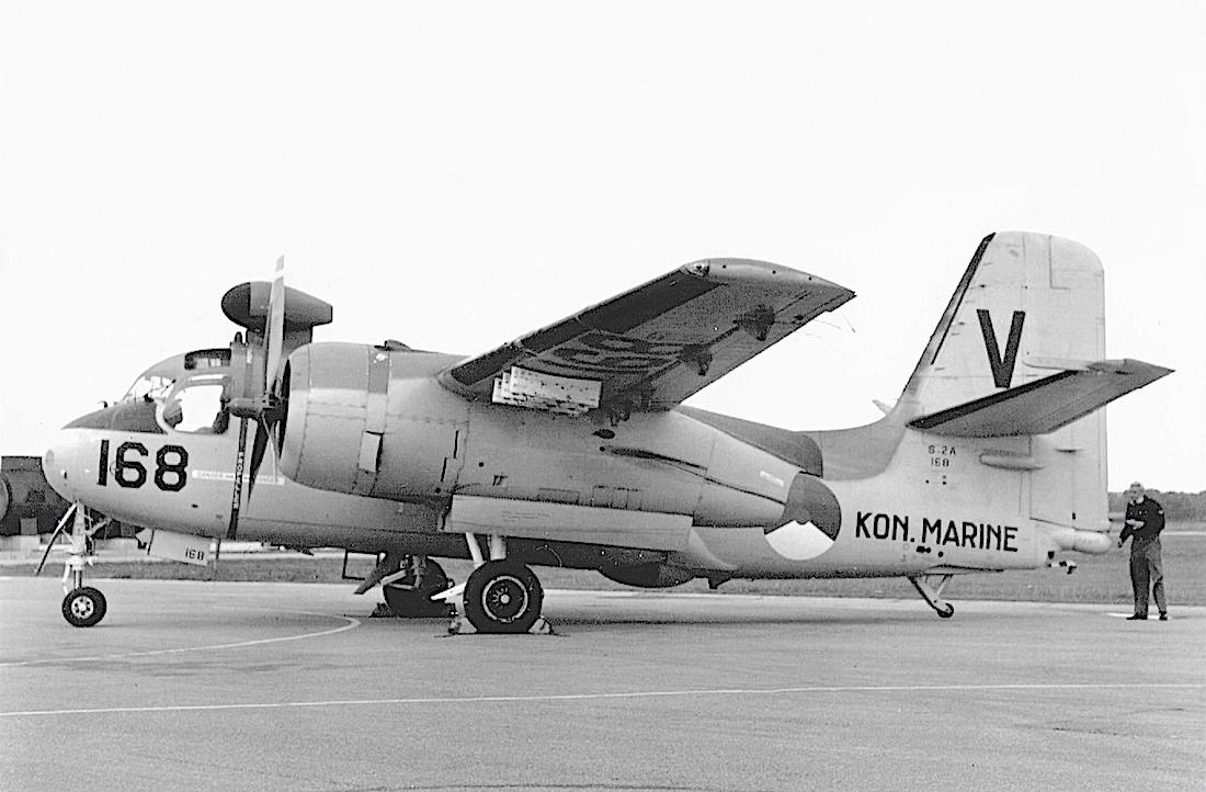 Naam: #334. '168'. Grumman S-2A Tracker.jpg Bekeken: 173 Grootte: 446,4 KB