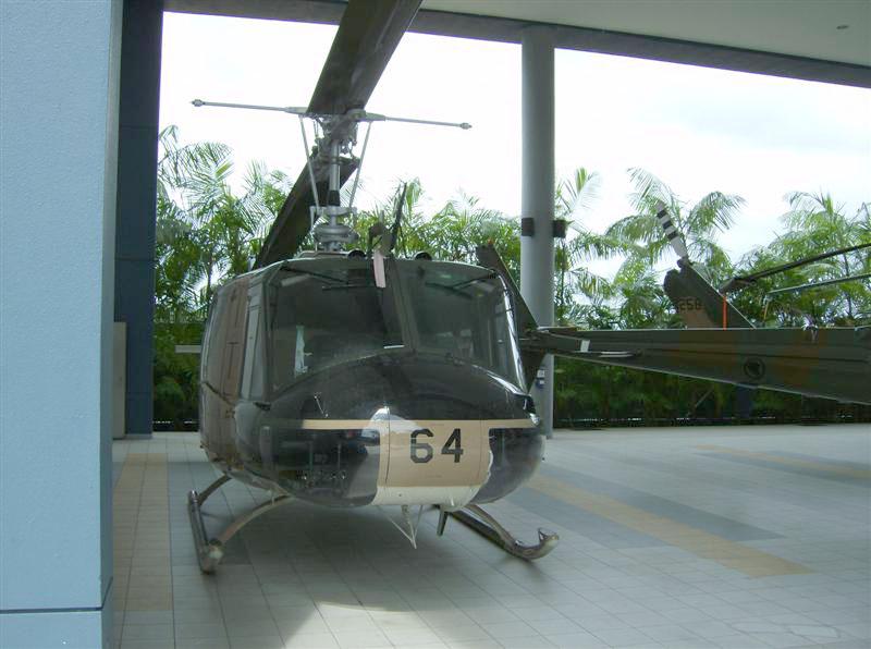 Naam: Singapore Air Force Museum at Paya Lebar 5.jpg Bekeken: 97 Grootte: 112,2 KB