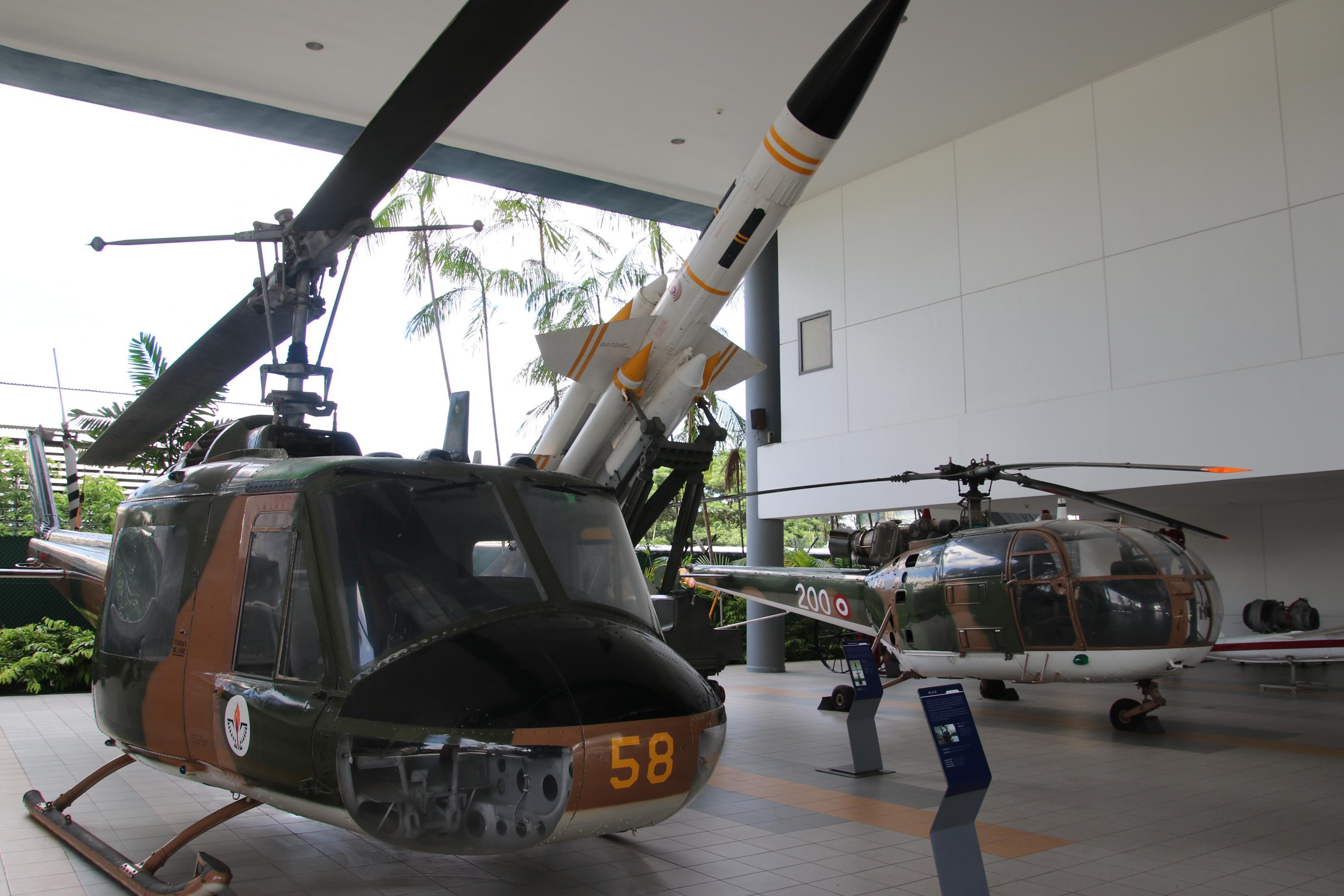 Naam: Singapore Air Force Museum at Paya Lebar 12.jpg Bekeken: 69 Grootte: 489,5 KB
