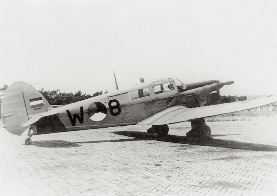 Naam: Foto 203. 'W-8'. Percival Proctor Mk IV. 1100 breed.jpg Bekeken: 275 Grootte: 68,9 KB