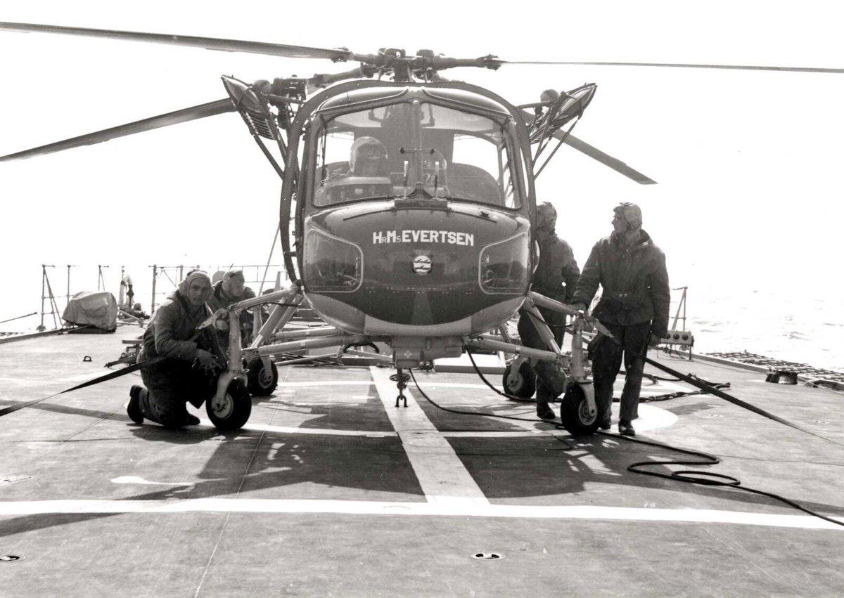 Naam: helikopter wasp Evertsen.jpg Bekeken: 455 Grootte: 145,8 KB