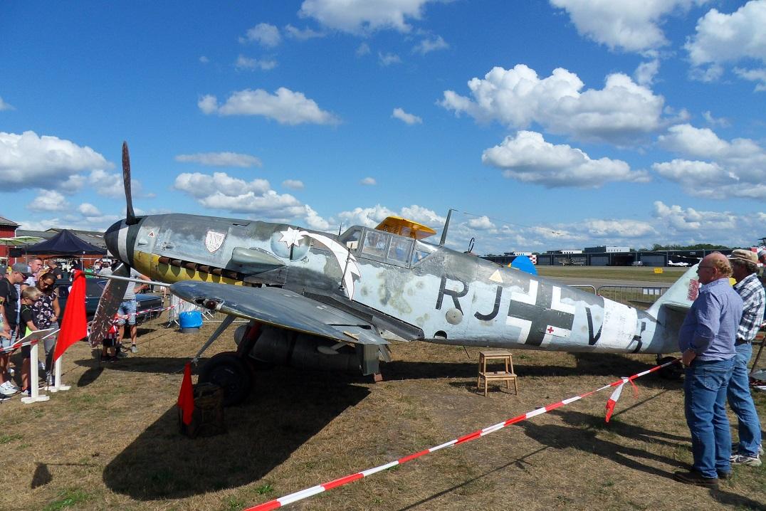 Naam: Bf109G5 op Seppe 1sep2019 (2).jpg Bekeken: 235 Grootte: 436,0 KB