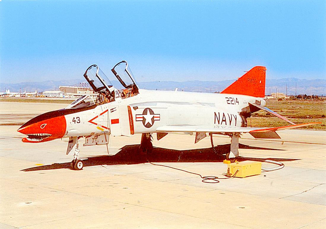 Naam: Foto 818. Phantom II. USN. 1100 breed.jpg Bekeken: 145 Grootte: 114,0 KB