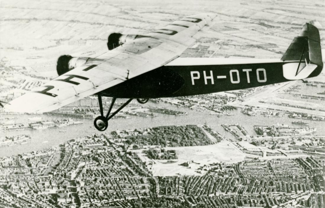 Naam: Foto 381. PH-OTO. Fokker F.VIIIa. 1100 breed.jpg Bekeken: 61 Grootte: 132,8 KB