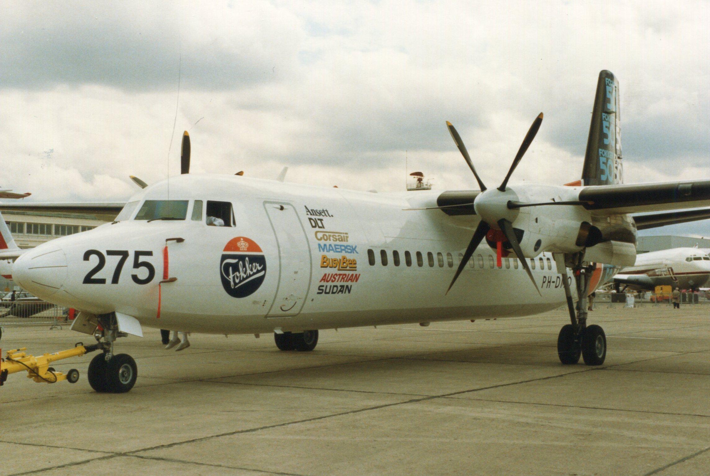 Naam: Fokker 50  juni 1987 (4).jpg Bekeken: 109 Grootte: 412,9 KB