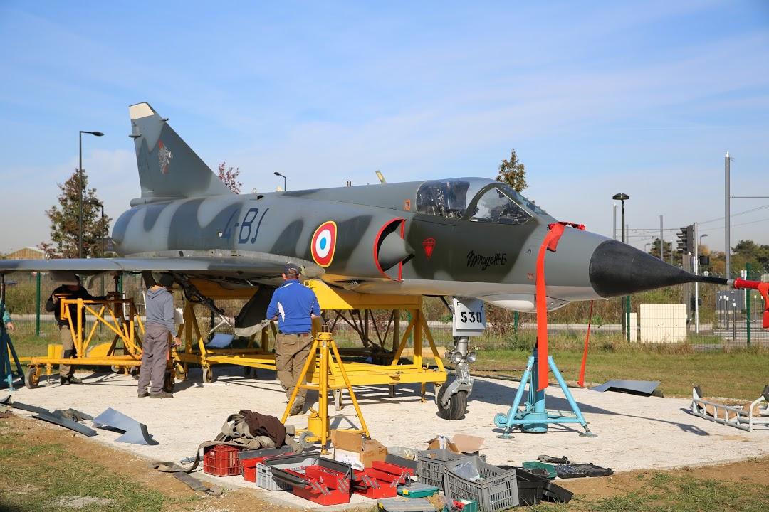 Naam: Mirage 3 - Paris-Orly - Musée Delta..JPG Bekeken: 154 Grootte: 202,1 KB