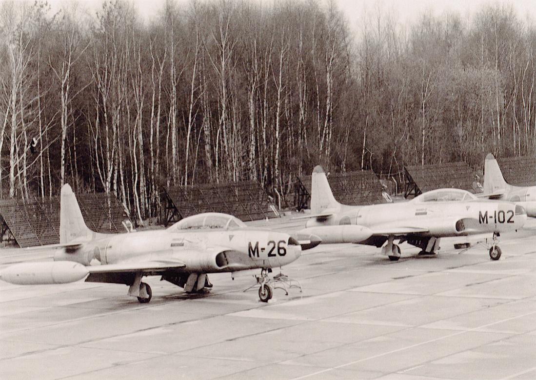 Naam: Foto 192. 2x Lockheed T-33A.jpg Bekeken: 119 Grootte: 155,7 KB