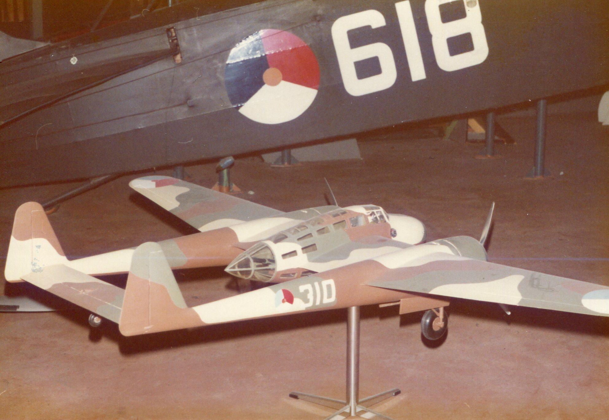 Naam: Fokker G1 model , Aviodrome.+.jpg Bekeken: 182 Grootte: 353,7 KB