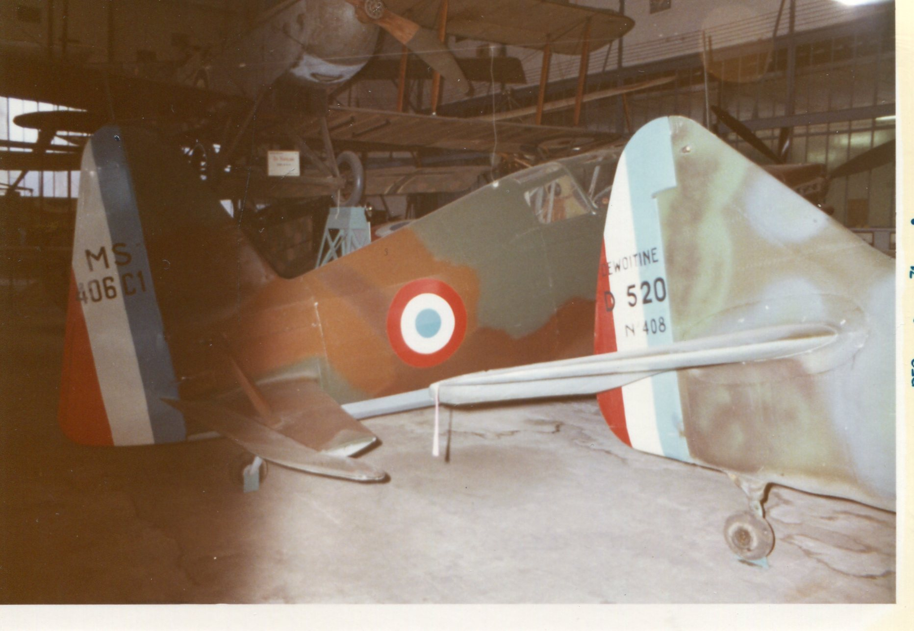 Naam: MS 406 Dewoitine - musee de l ' air - Parijs. (3)+.jpg Bekeken: 117 Grootte: 235,8 KB
