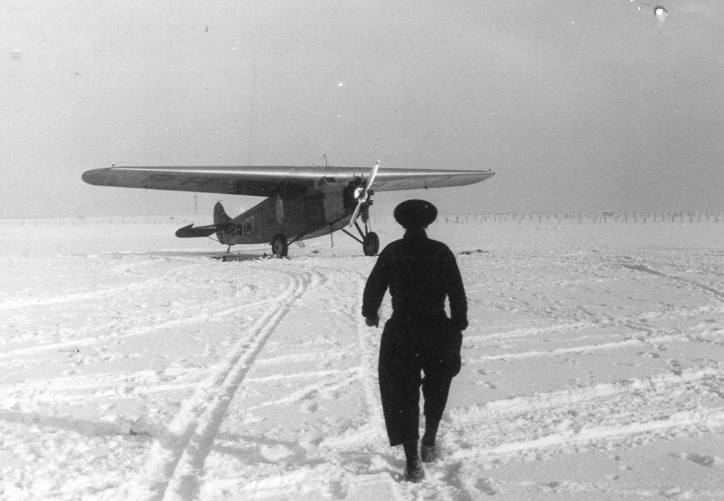 Naam: Fokker VII  PH-ACT , Schiphol.jpg Bekeken: 801 Grootte: 96,2 KB