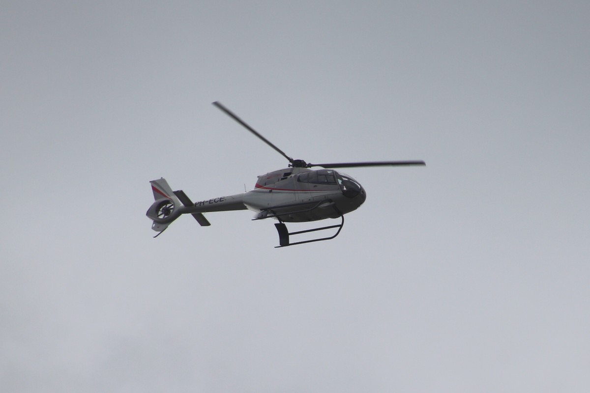 Naam: 2019-08-13, Eurocopter EC120B Colibri PH-ECE.jpg Bekeken: 96 Grootte: 60,8 KB