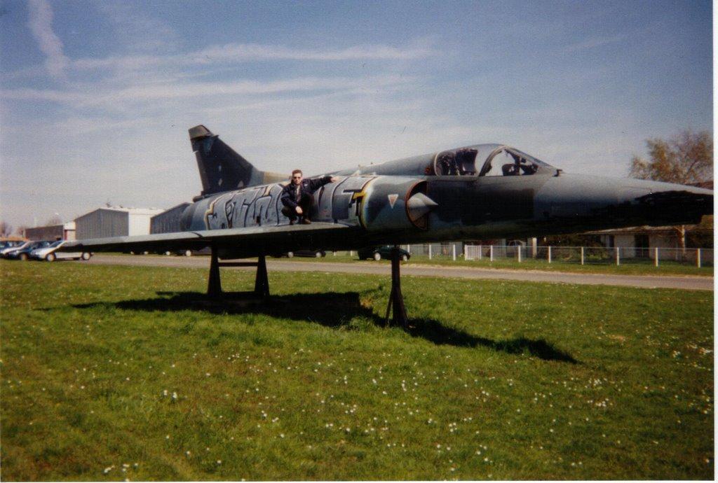 Naam: Mirage 3 - Persan-Beaumont..jpg Bekeken: 49 Grootte: 123,2 KB