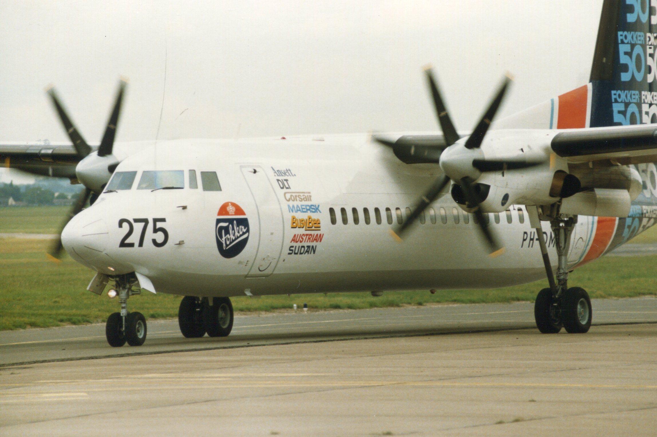 Naam: Fokker 50  juni 1987 (6).jpg Bekeken: 111 Grootte: 394,6 KB