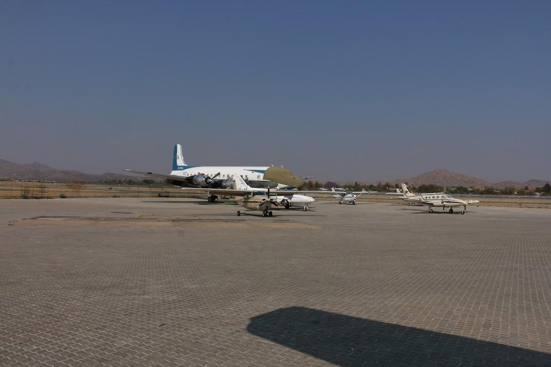 Naam: DC 6 - Windhoek Eros, Namibia.jpg Bekeken: 69 Grootte: 124,9 KB