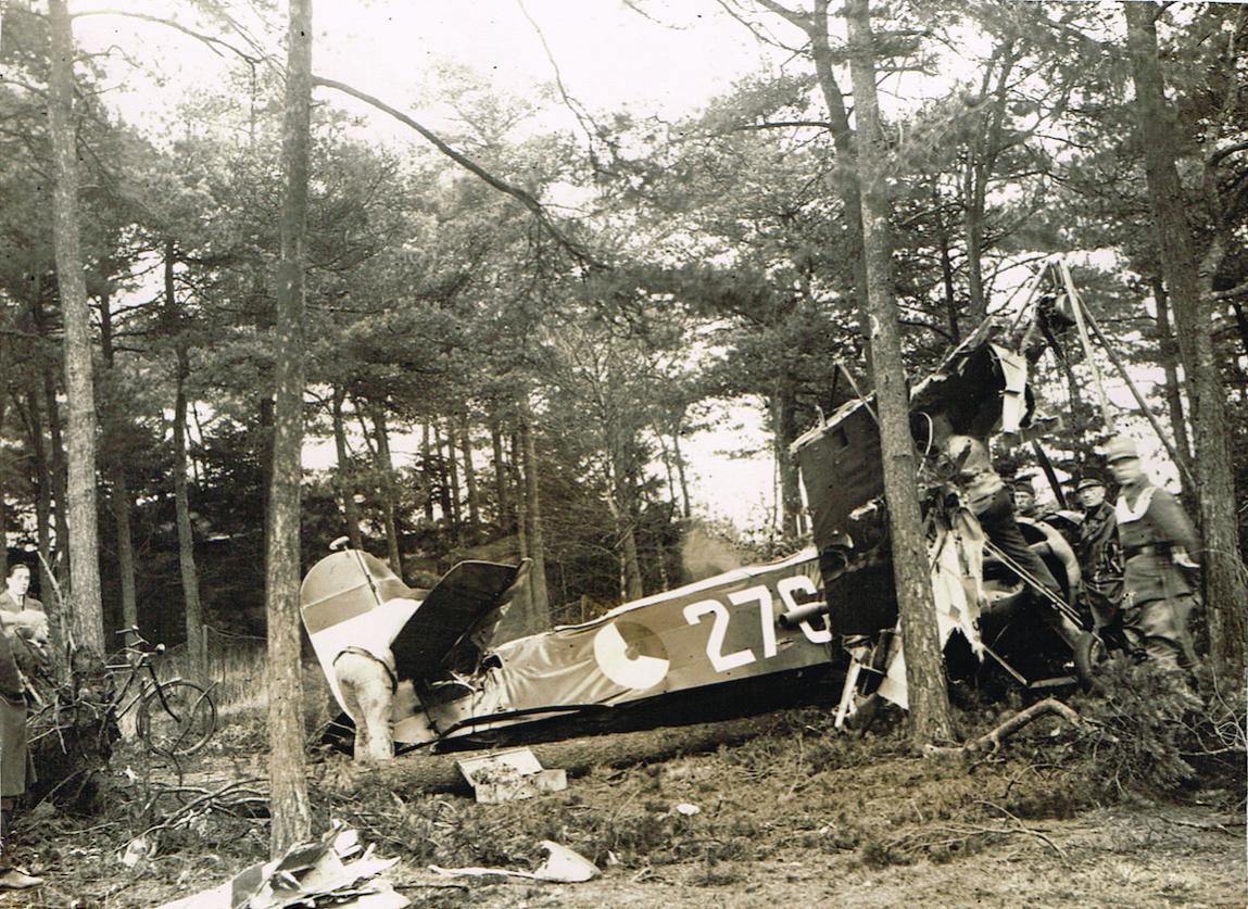 Naam: Foto 9. 2e %22276%22. Fokker D.XVI.jpg Bekeken: 682 Grootte: 231,2 KB