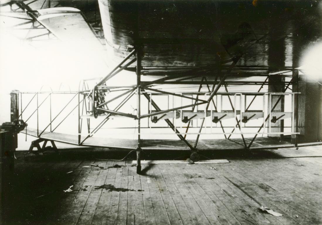 Naam: Foto 331. Skelet Fokker F.VIII. 1100 breed.jpg Bekeken: 143 Grootte: 108,4 KB
