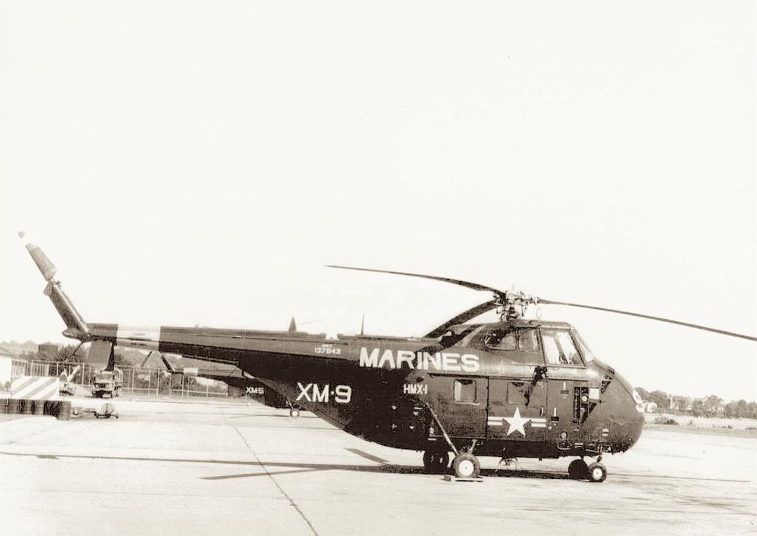 Naam: Foto 693. 137843. Sikorsky  HRS-3 (als afgebeeld), redesigned CH-19E in 1962. 1100 breed.jpg Bekeken: 226 Grootte: 65,0 KB