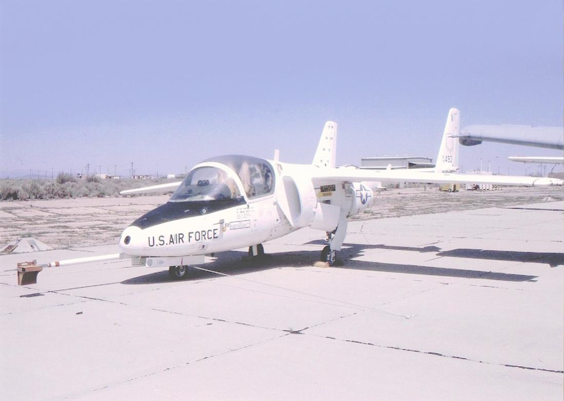 Naam: Foto 695. Fairchild T-46 (nickname %22Eaglet%22). 1100 breed.jpg Bekeken: 167 Grootte: 63,3 KB