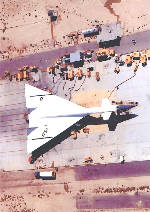Naam: Foto 698. North American XB-70 Valkyrie kopie.jpg Bekeken: 51 Grootte: 81,2 KB
