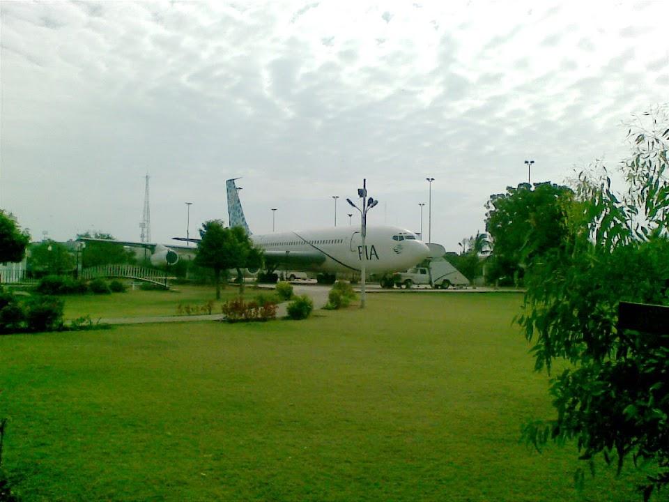 Naam: B720 , Karachi - PIA planetarium..jpg Bekeken: 170 Grootte: 108,8 KB