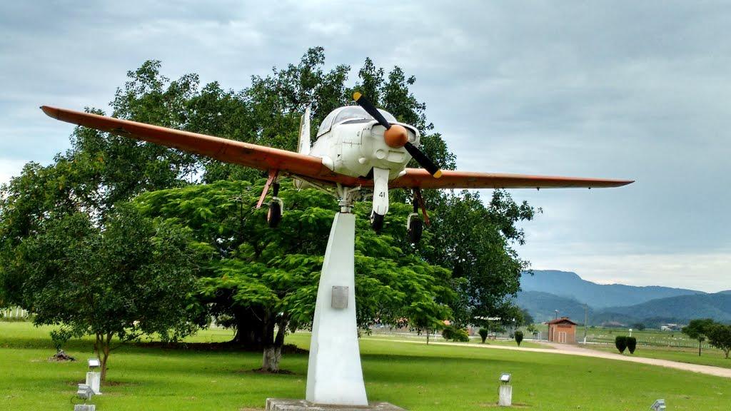Naam: Neiva T 25 , Gaspar - brazilie.jpg Bekeken: 881 Grootte: 119,6 KB