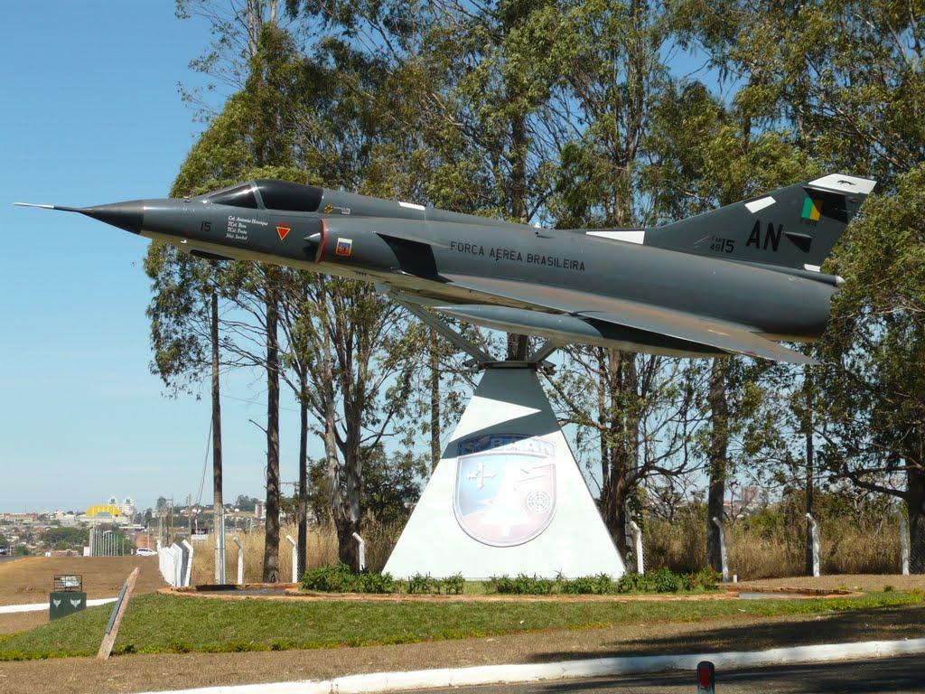 Naam: Mirage 3 - Anápolis.jpg Bekeken: 741 Grootte: 208,6 KB