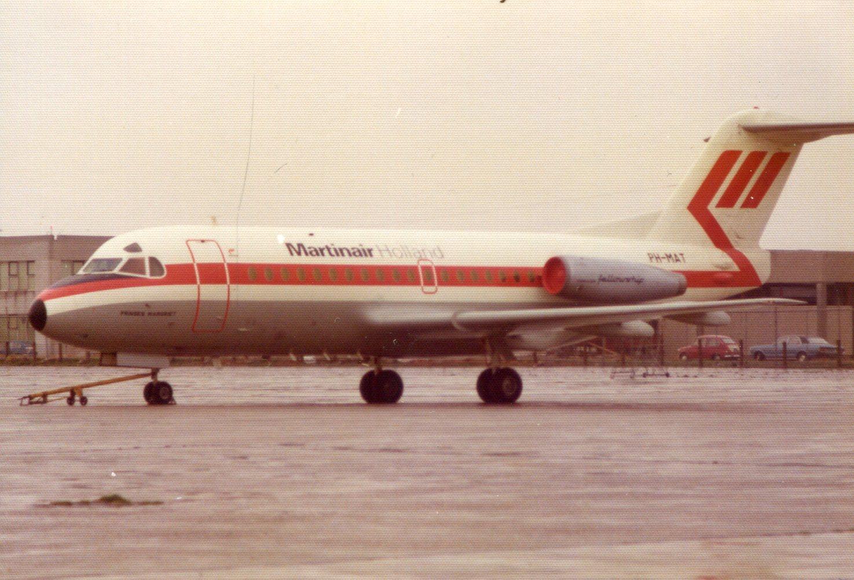 Naam: Schiphol - voorjaar 1975.jpg Bekeken: 280 Grootte: 306,0 KB