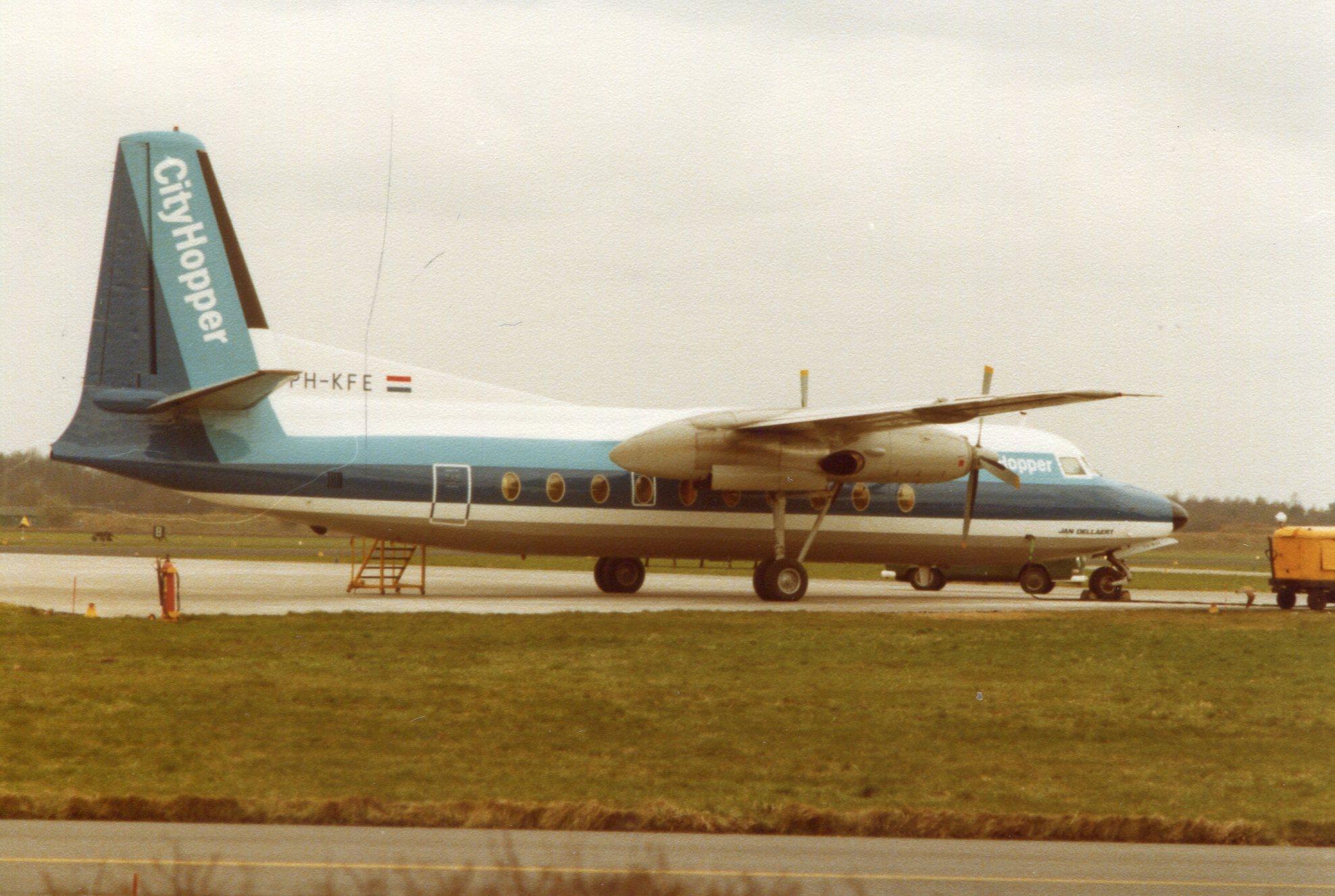 Naam: Vliegbasis Eindhoven4-1978.jpg Bekeken: 138 Grootte: 402,8 KB