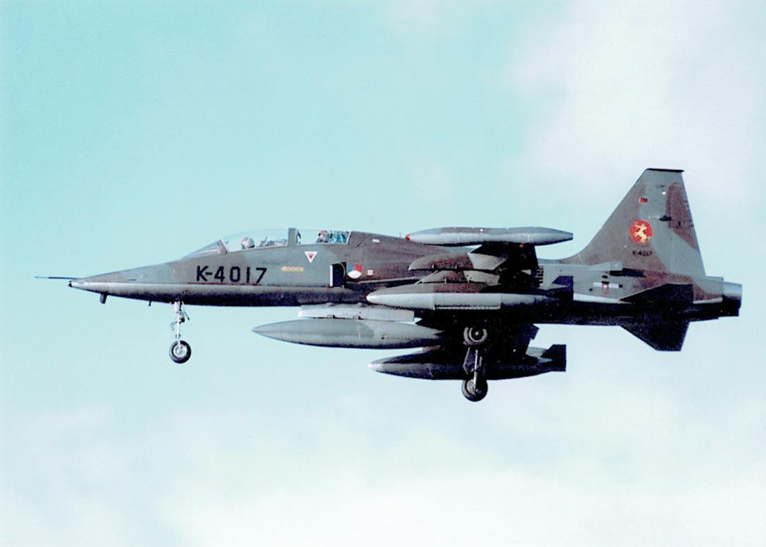 Naam: Foto 182. 'K-4017'. Northrop NF-5B. 1100 breed.jpg Bekeken: 463 Grootte: 51,4 KB