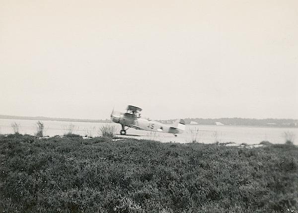 Naam: Foto 61. Txt bij foto, Vliegtuigtype F.K.51. No. 45. (volgens mij 15). Txt op az, 8-8-'37. 600 .jpeg Bekeken: 176 Grootte: 377,1 KB