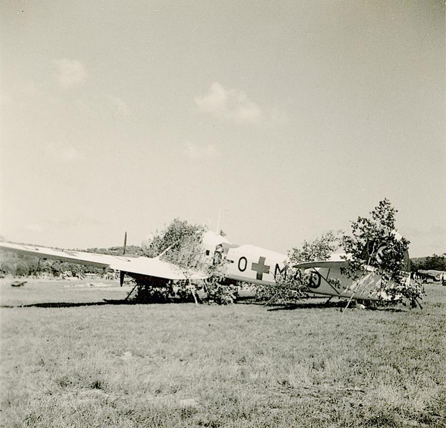 Naam: Foto 521. D-OMAD (later OM+AD. 5.:JG 77)). Focke-Wulf Fw 58C Weihe, Flugplatz Mandal in Norwegen.jpg Bekeken: 462 Grootte: 114,2 KB