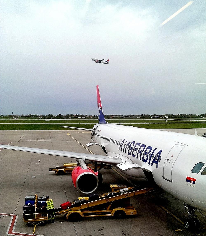 Naam: Air Serbia anno 2014.jpg Bekeken: 364 Grootte: 160,6 KB